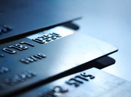 What You Need to Know About Getting Your First Credit Card
